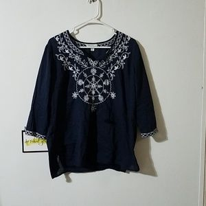 Studio Works Tops - Beautiful blue and white top